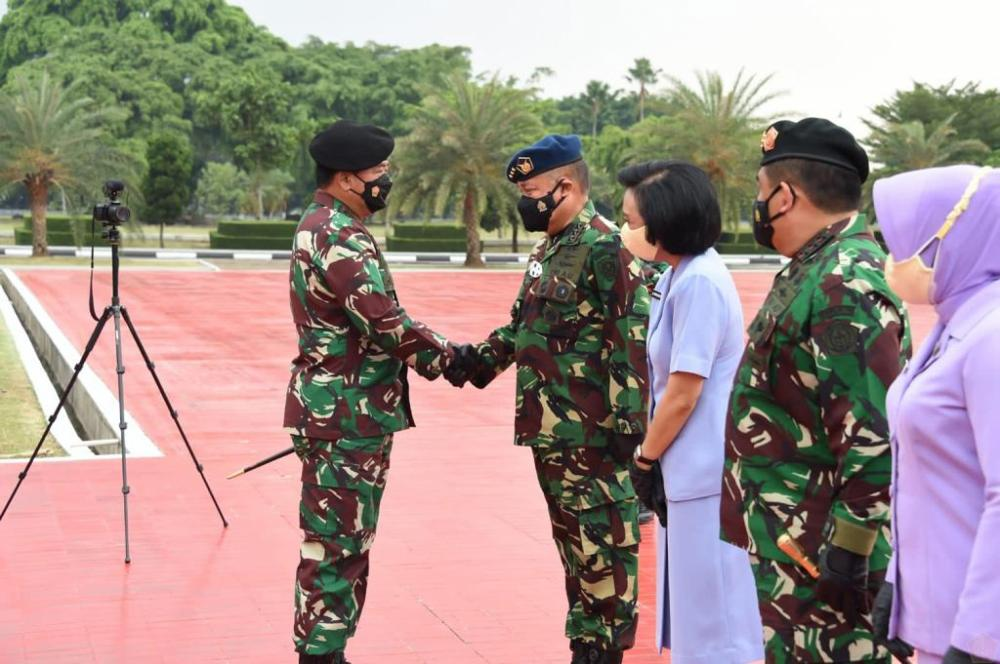 60 Perwira Tinggi TNI Naik Pangkat