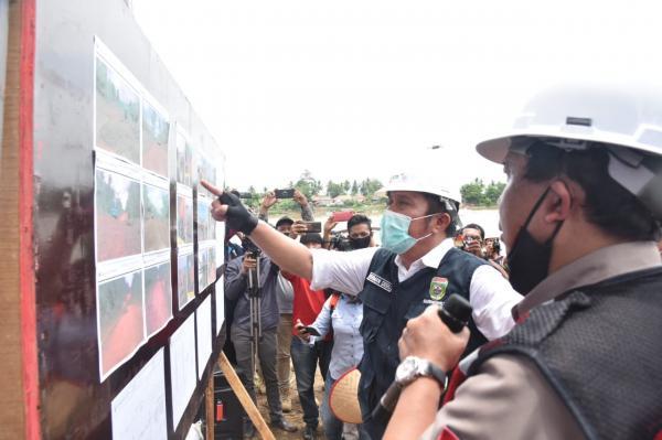 15 Tahun Mangkrak, Herman Deru Tuntaskan Jembatan Rantau Bayur