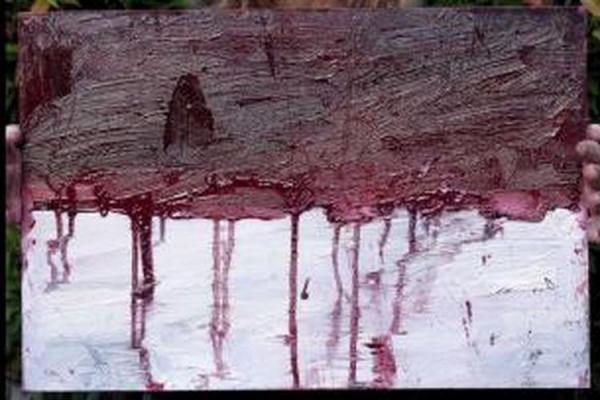 Bendera Merah Putih Berlumur Darah
