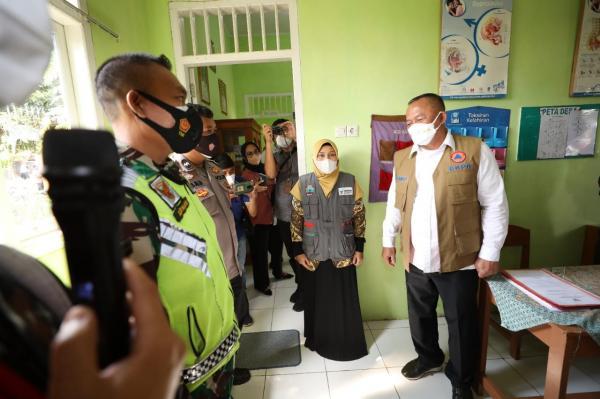 Ketua Satgas Apresiasi Pelaksanaan Posko PPKM Mikro Desa Negara Ratu Lampung