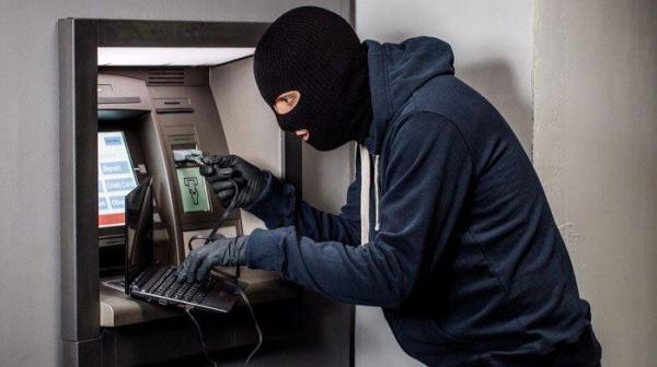 Maling Kuras Uang dari 2 Unit Mesin ATM Bank Mandiri