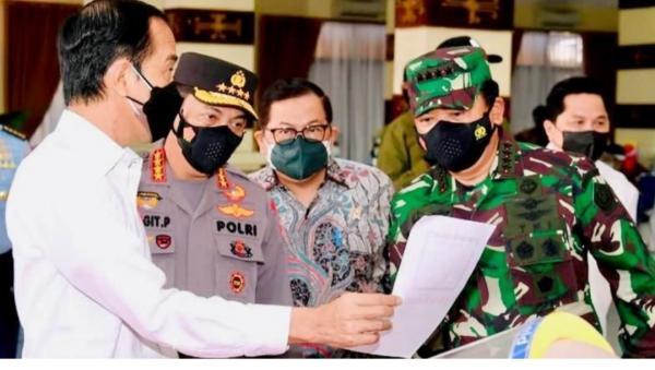 Presiden Tinjau Program Vaksinasi di Lampung