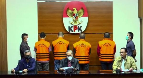 Tersangka KPK, Bupati Muba Dodi Reza Alex Ditahan